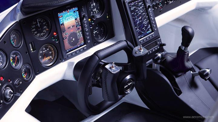 Tableau de bord de l'AeroMobil, la voiture volante du futur