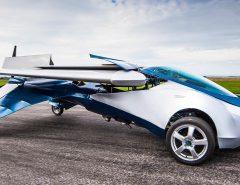 Prototype de voiture volante selon Aéromobil - Crédit photo : www.aeromobil.com